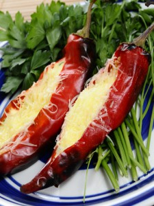 Rellenos red pods small