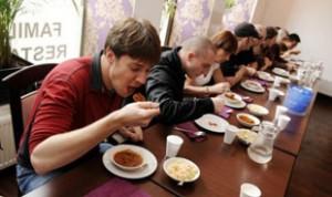 kismot-eating-contest