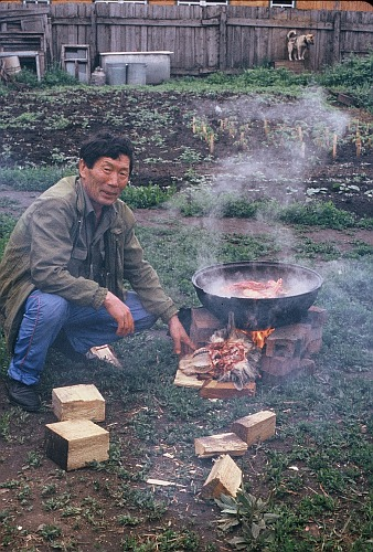 Boiling meat in a pot of water is the most common form of Mongolian cooking.