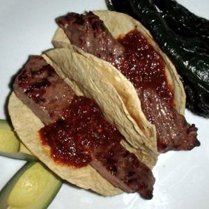Tacos de Arrachera con Chipotle Salsa