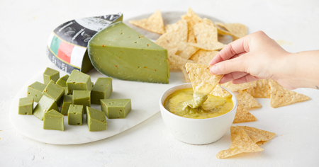 amanti guacamole cheese