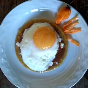 Sope con huevo