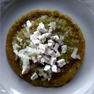 Sope de salsa verde