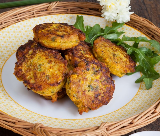 byron bay chilli co fritters